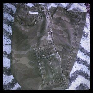🌻5/ $50🌻 Abercrombie Kids Army Cargo Pants